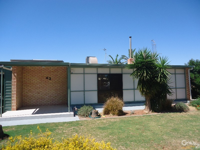 42 Aikman Crescent, Whyalla Norrie SA 5608