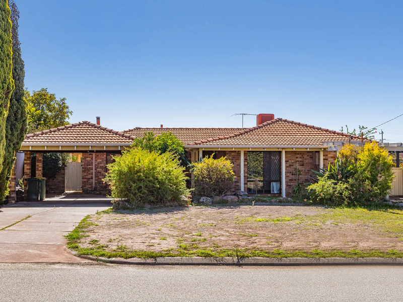 42 Bernier Road, Shelley WA 6148