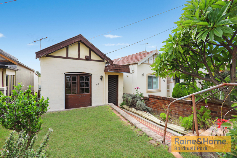 42 Fore Street, Canterbury NSW 2193