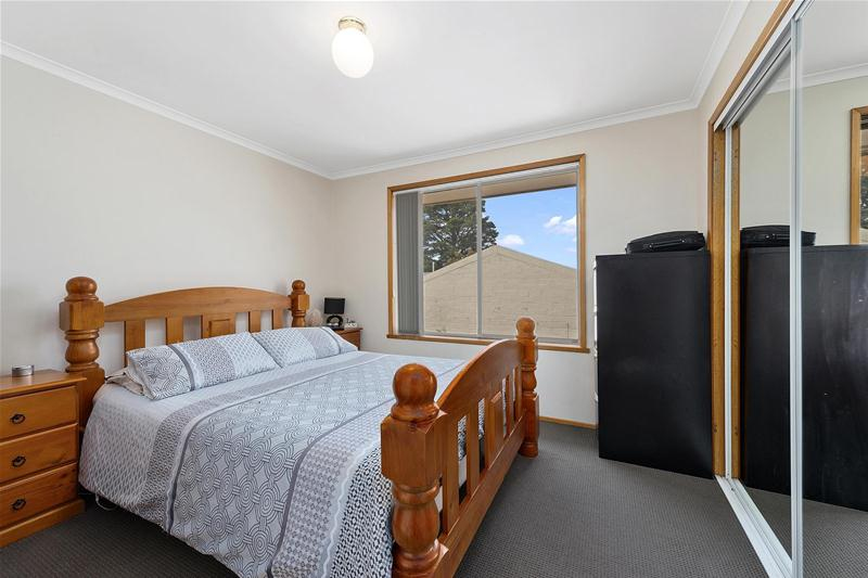 Photo - 42 Hilton Road, Claremont TAS 7011  - Image 9