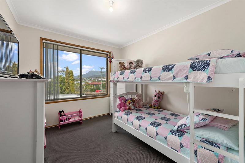 Photo - 42 Hilton Road, Claremont TAS 7011  - Image 11