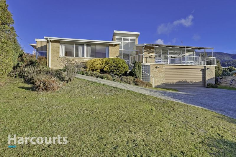 42 Susan Parade, Lenah Valley TAS 7008
