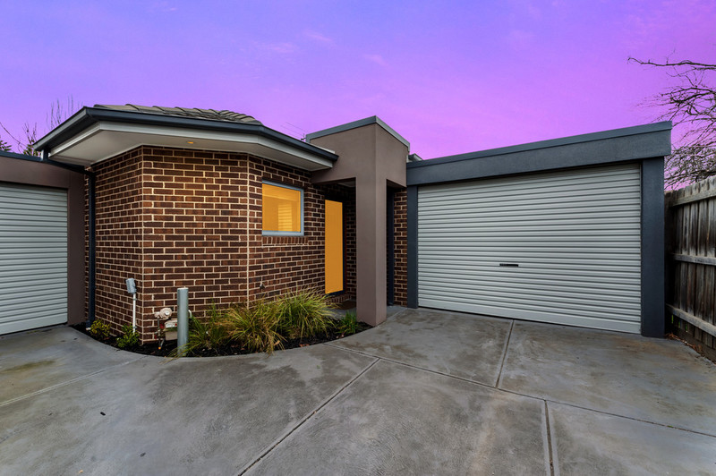 4/27 Mcmahon Road, Reservoir VIC 3073