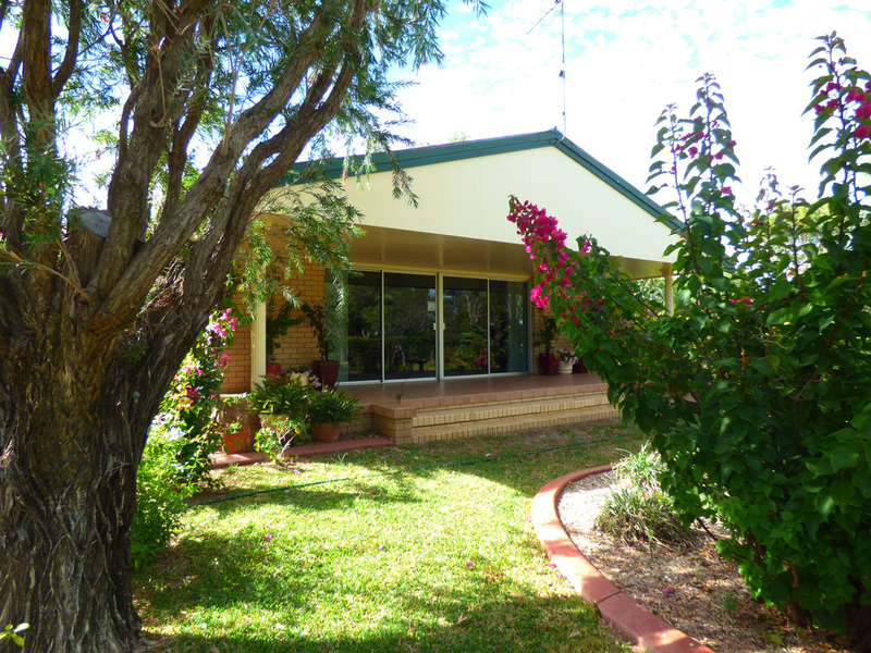 43 Miscamble Street, Roma QLD 4455