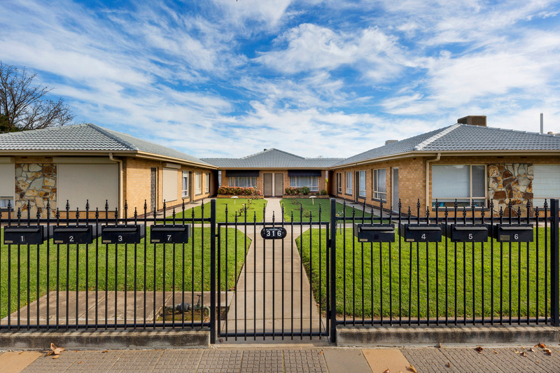 4/316 Hampstead Road, Clearview SA 5085