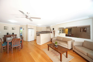 Indulge yourself for your vacation - view this gorgeous dual-key holiday unit now!
