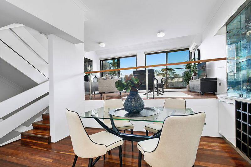 Photo - 4/437 Alfred Street North, Neutral Bay NSW 2089  - Image 4