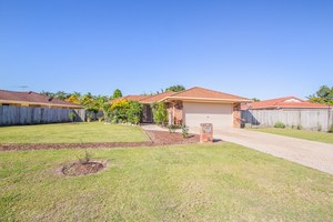 AN ABSOLUTE BEAUTY - Best Value in Sandstone Point