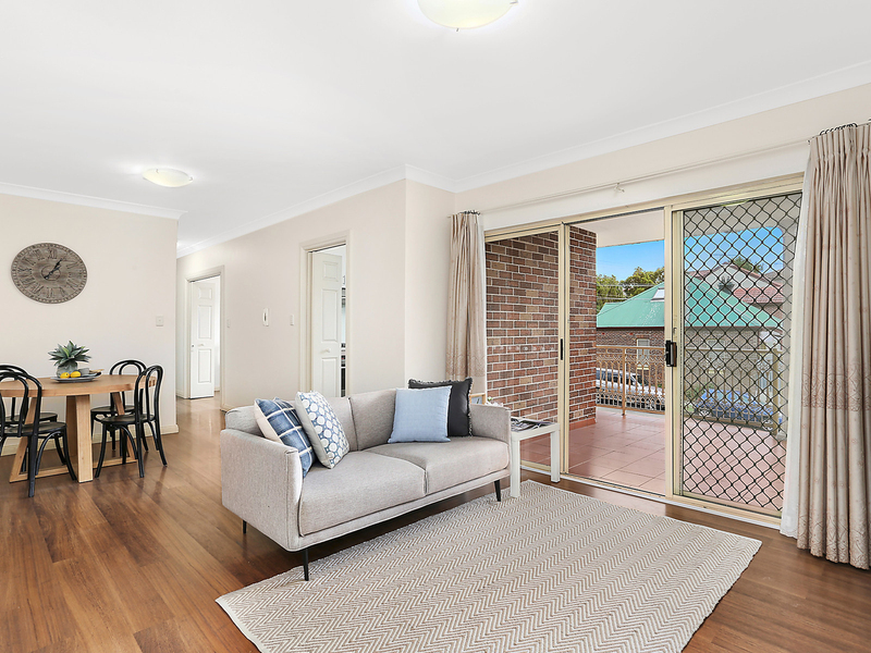 4/52 Carrington Avenue, Hurstville NSW 2220