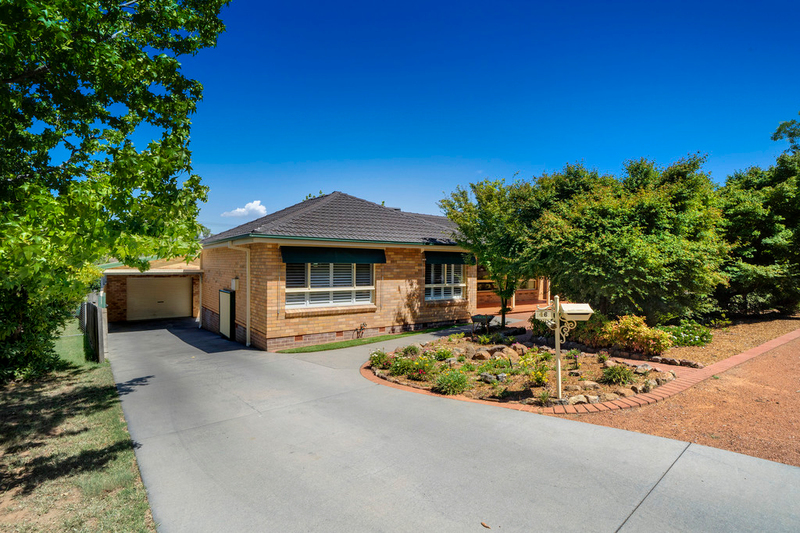 46 Kidston Crescent, Curtin ACT 2605
