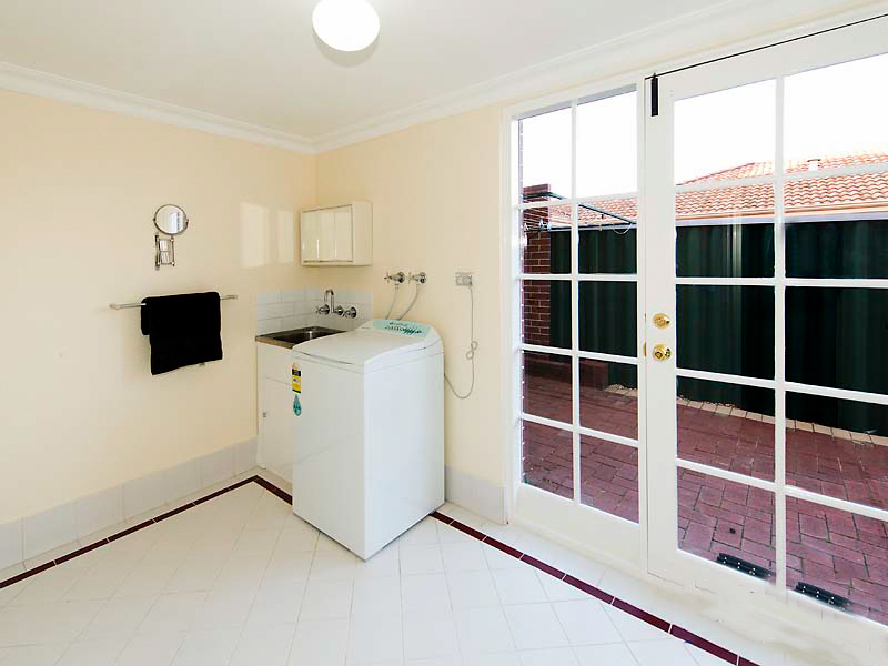 Photo - 4/61 Kirkham Hill Terrace, Maylands WA 6051  - Image 8