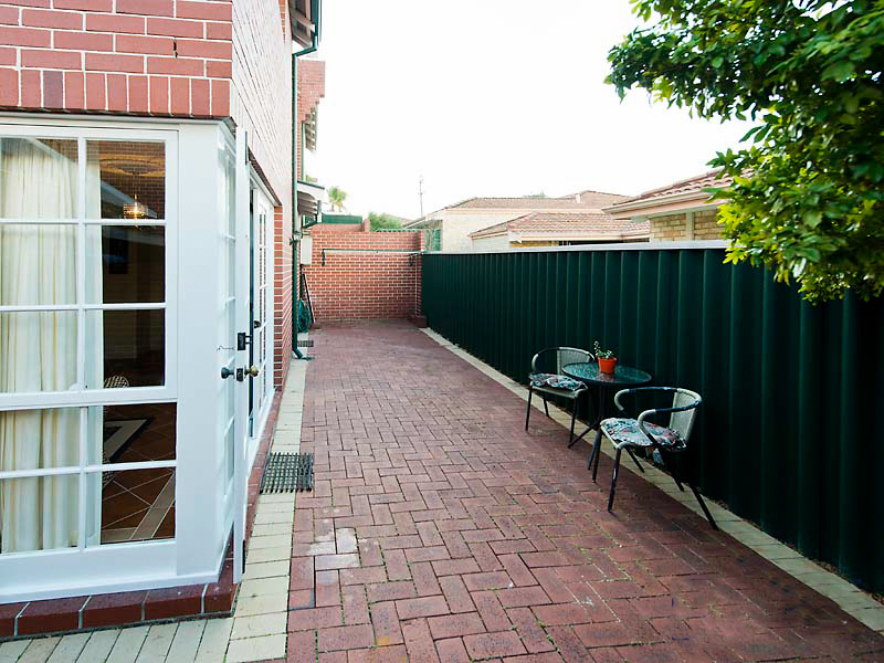 Photo - 4/61 Kirkham Hill Terrace, Maylands WA 6051  - Image 10