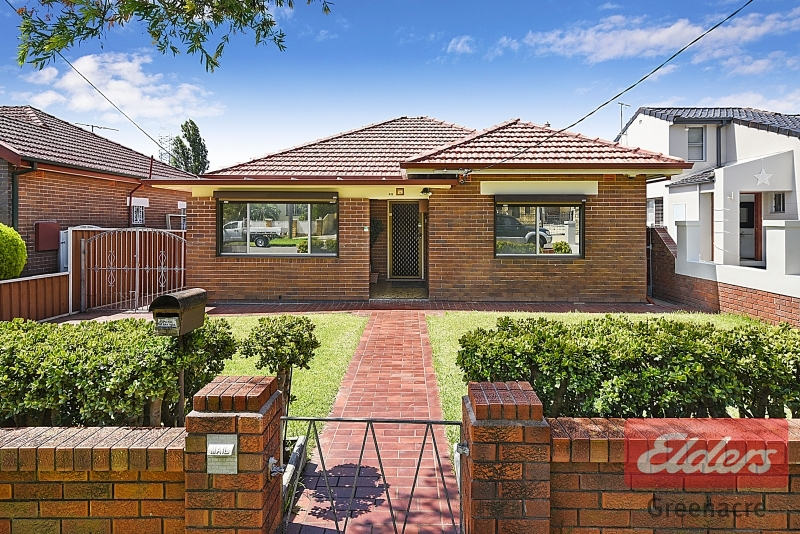 49 Greenacre Road, Greenacre NSW 2190