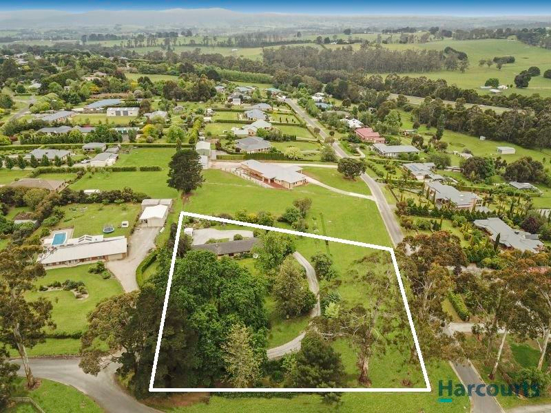 49 Waddell Road, Drouin VIC 3818