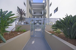 WANT AN INVESTMENT IN THE SUNSHINE COAST PROPERTY HOT SPOT??