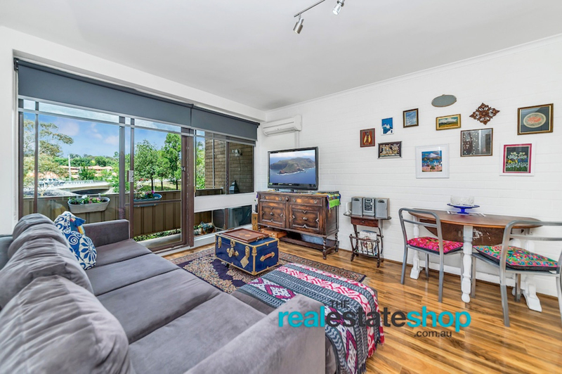 Photo - 4B/30 Glenorchy Street, Lyons ACT 2606  - Image 2