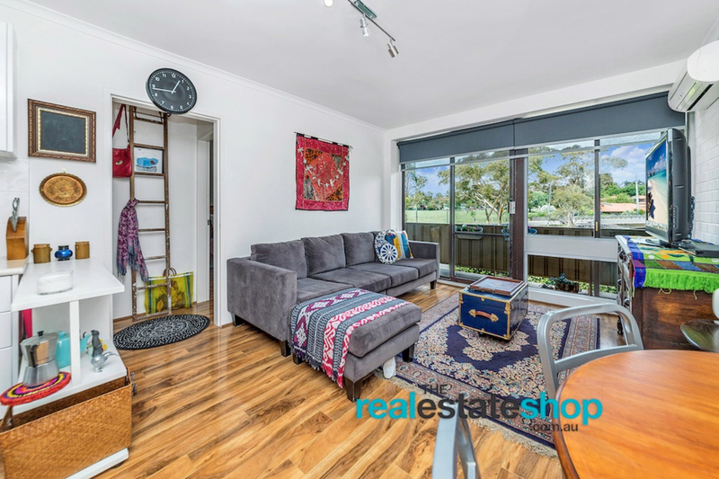Photo - 4B/30 Glenorchy Street, Lyons ACT 2606  - Image 3