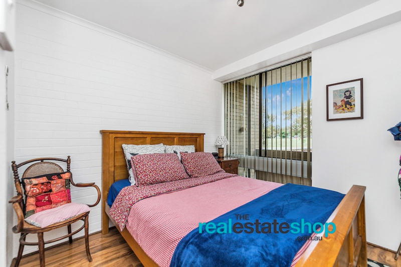 Photo - 4B/30 Glenorchy Street, Lyons ACT 2606  - Image 6
