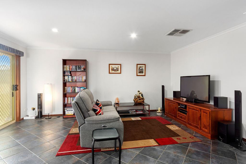Photo - 5 Capel Place, Reynella SA 5161  - Image 6