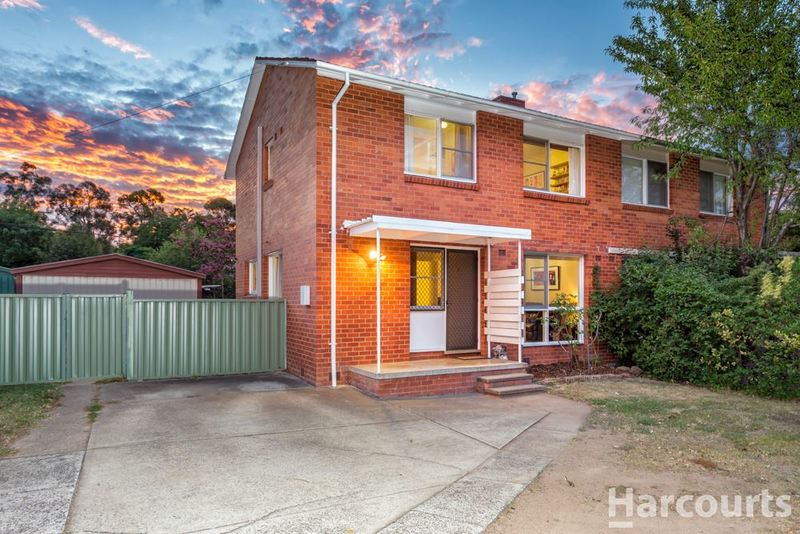 Photo - 5 Carruthers Street, Curtin ACT 2605  - Image 2