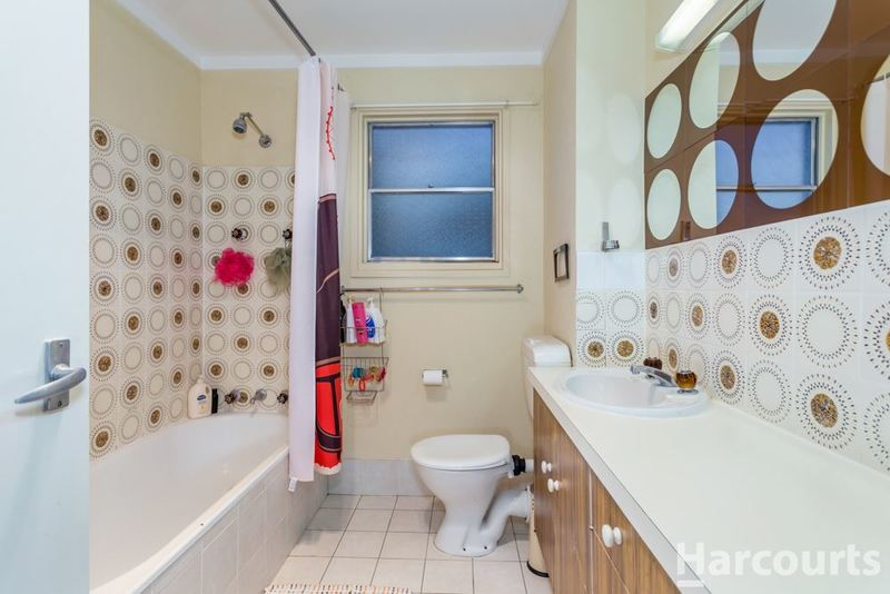 Photo - 5 Carruthers Street, Curtin ACT 2605  - Image 9