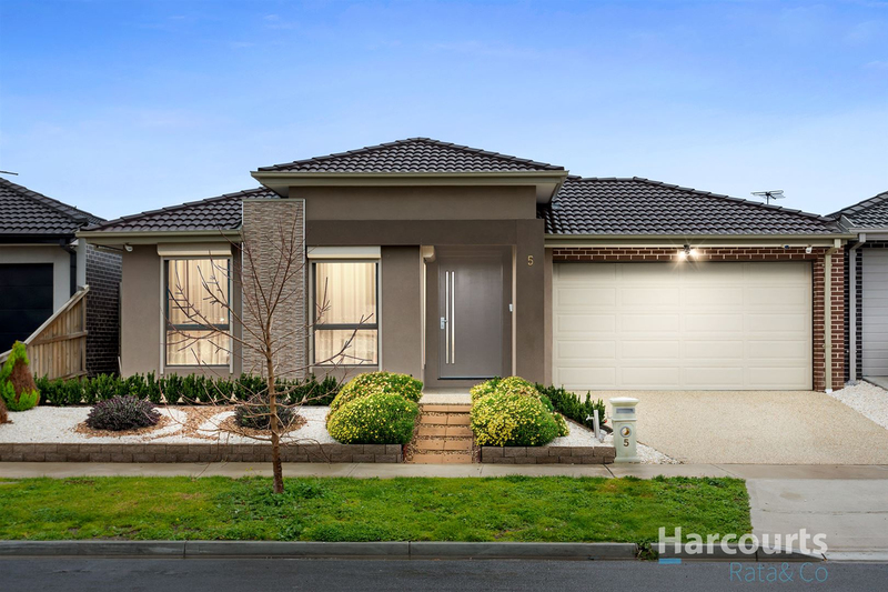 5 Chetwynd Grove, Wollert VIC 3750