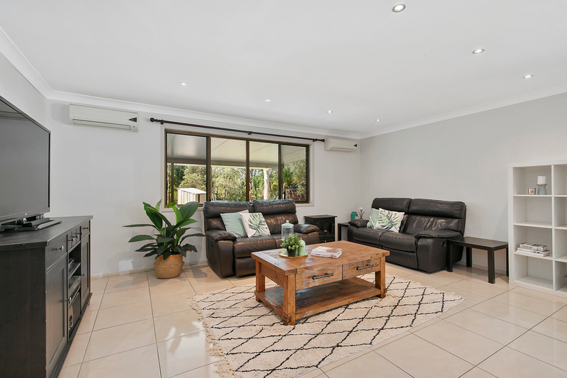Photo - 5 Firtree Street, Capalaba QLD 4157  - Image 2