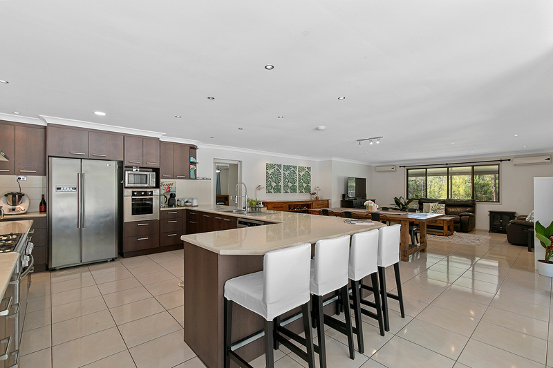 Photo - 5 Firtree Street, Capalaba QLD 4157  - Image 4