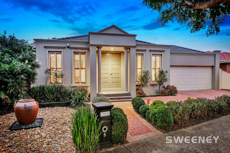 5 Jared Road, Altona Meadows VIC 3028