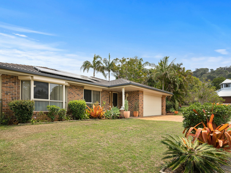 5 Mango Bark Court, Suffolk Park NSW 2481