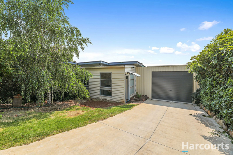 5 Russell Street, Drouin VIC 3818