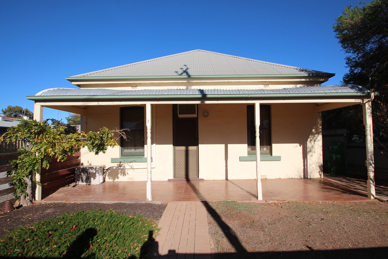 5 Tenth Street, Renmark SA 5341