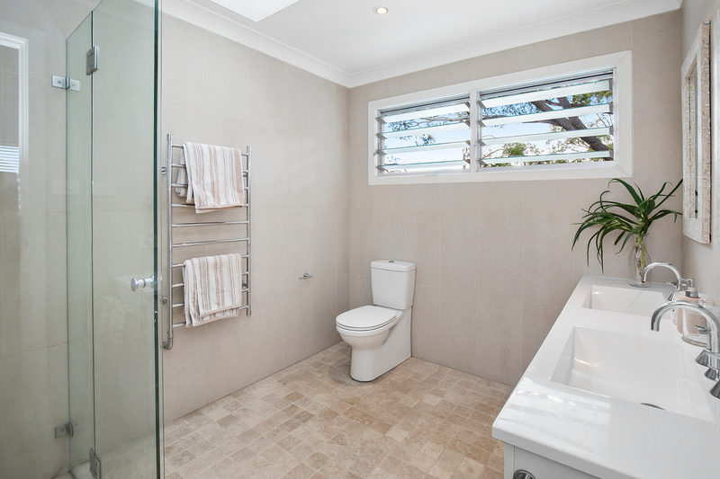 Photo - 50 Wyadra Avenue, Freshwater NSW 2096  - Image 6