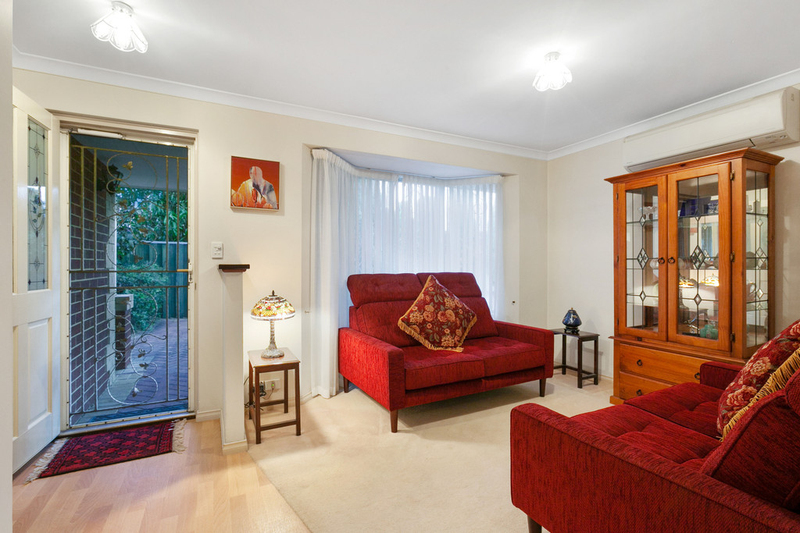 Photo - 50C Hanlon Street, Hamilton Hill WA 6163  - Image 4