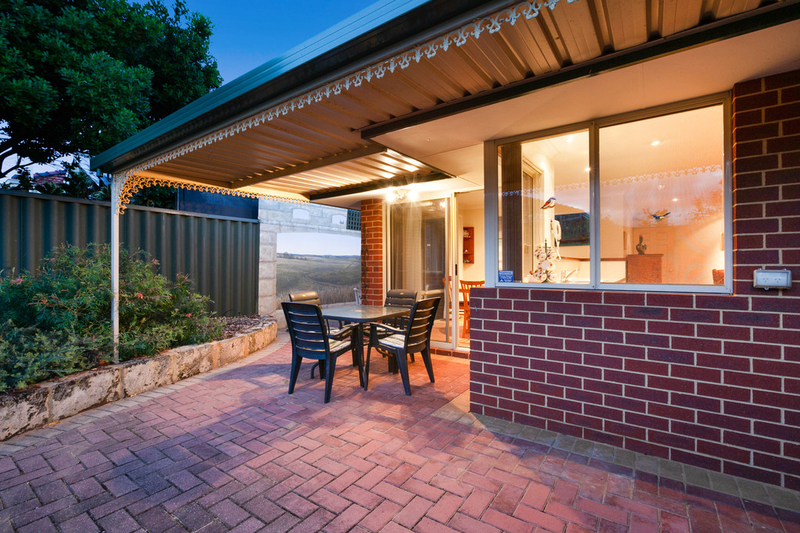 Photo - 50C Hanlon Street, Hamilton Hill WA 6163  - Image 22
