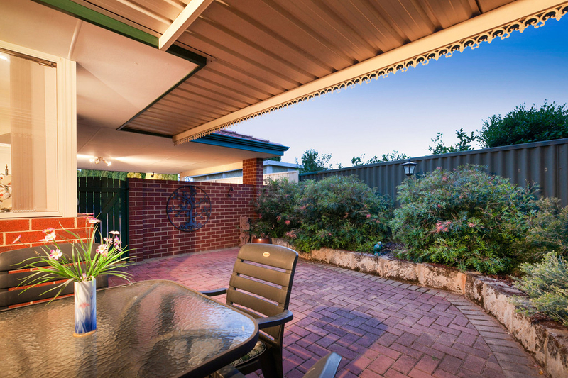 Photo - 50C Hanlon Street, Hamilton Hill WA 6163  - Image 23