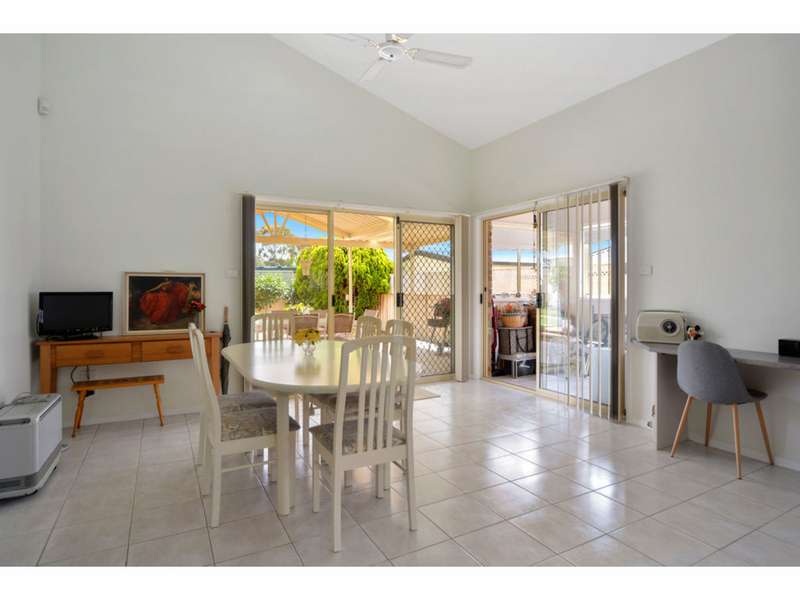 Photo - 51 Cammaray Drive, St Georges Basin NSW 2540  - Image 5