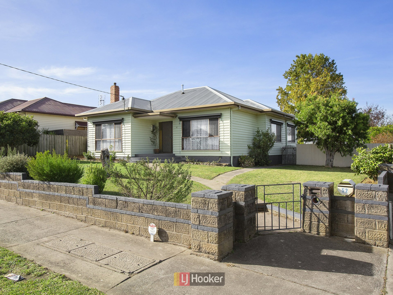 52 Wallace Street, Colac VIC 3250