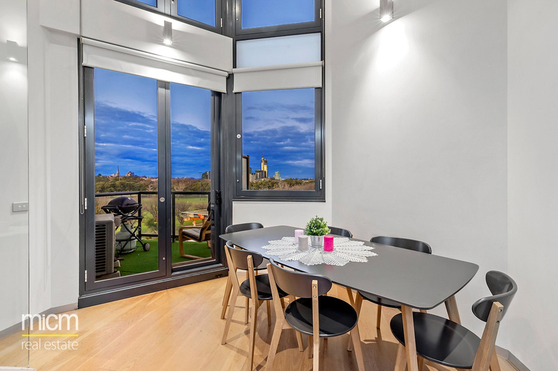 Photo - 536/539 St Kilda Road, Melbourne VIC 3004  - Image 3