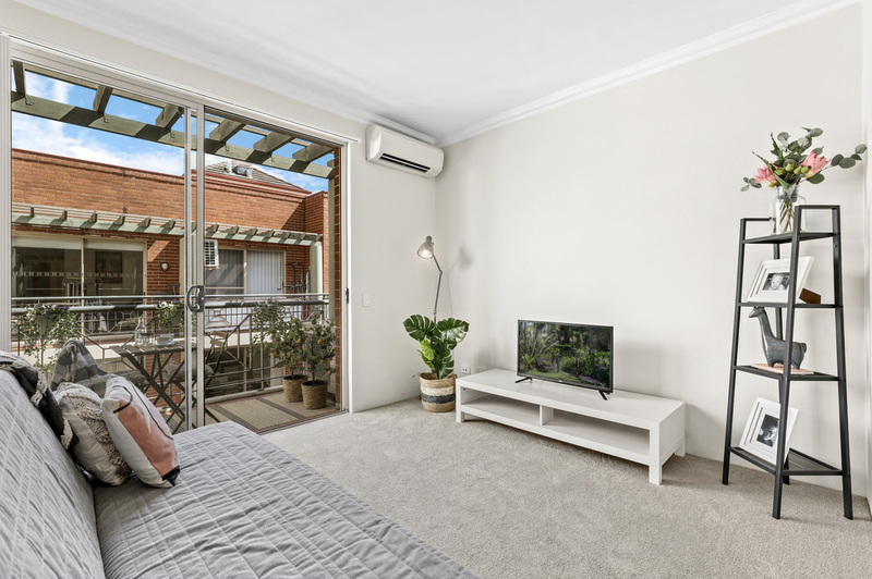 54/13 Ernest Street, Crows Nest NSW 2065