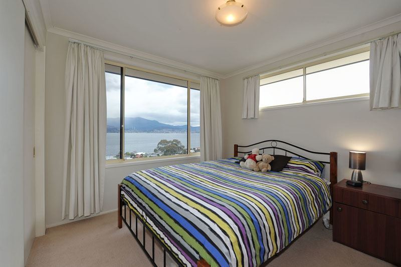 Photo - 550 Oceana Drive, Howrah TAS 7018  - Image 18