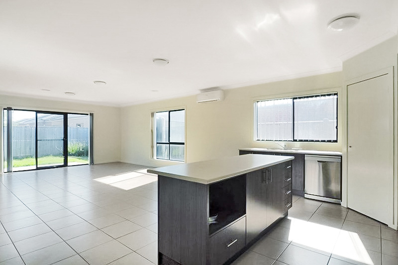 56 Spectacle Crescent, Point Cook VIC 3030