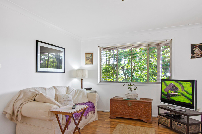 Photo - 57 Ross Avenue, Narrawallee NSW 2539  - Image 9