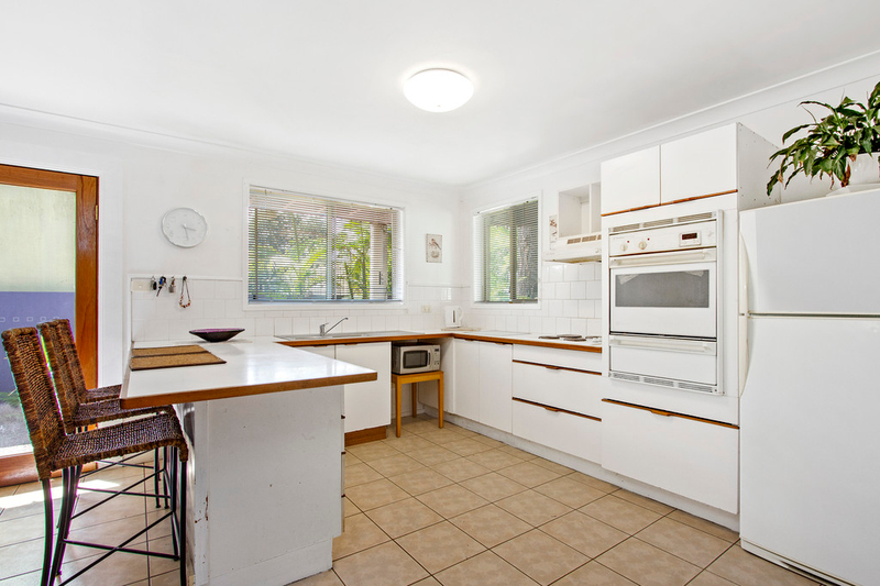 Photo - 57 Ross Avenue, Narrawallee NSW 2539  - Image 11