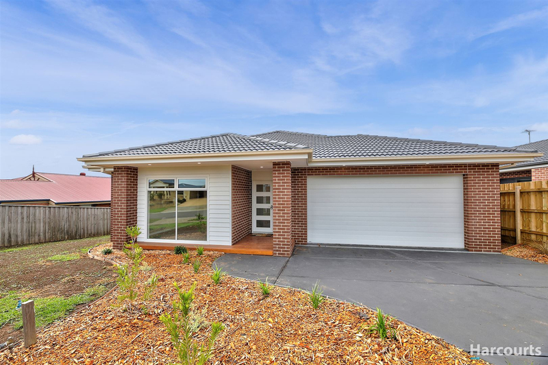 58 Outlook Drive, Drouin VIC 3818