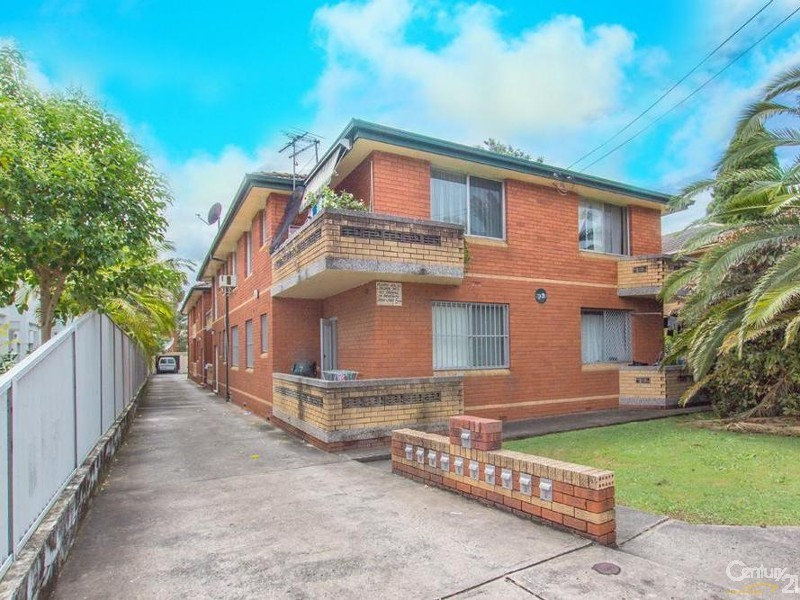 5/99 Hampdon Rd Lakemba NSW 2195