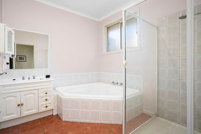 Photo - 5A Acacia Avenue, Mentone VIC 3194  - Image 9