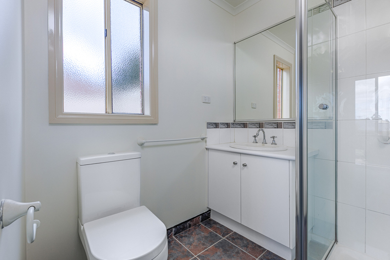 Photo - 6 Boyd Court, Romsey VIC 3434  - Image 7