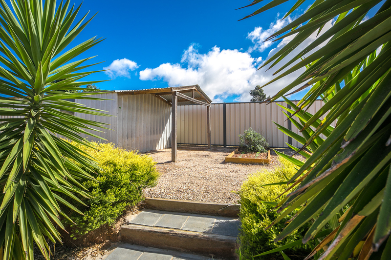 Photo - 6 Boyd Court, Romsey VIC 3434  - Image 12