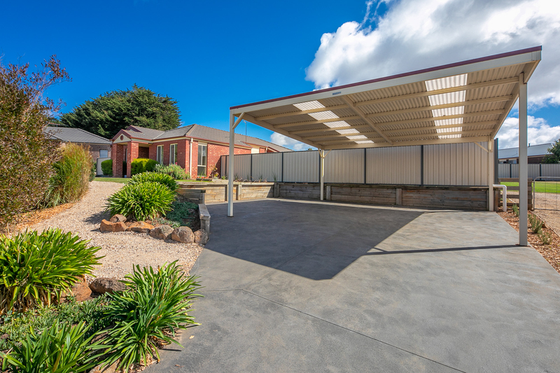 Photo - 6 Boyd Court, Romsey VIC 3434  - Image 14